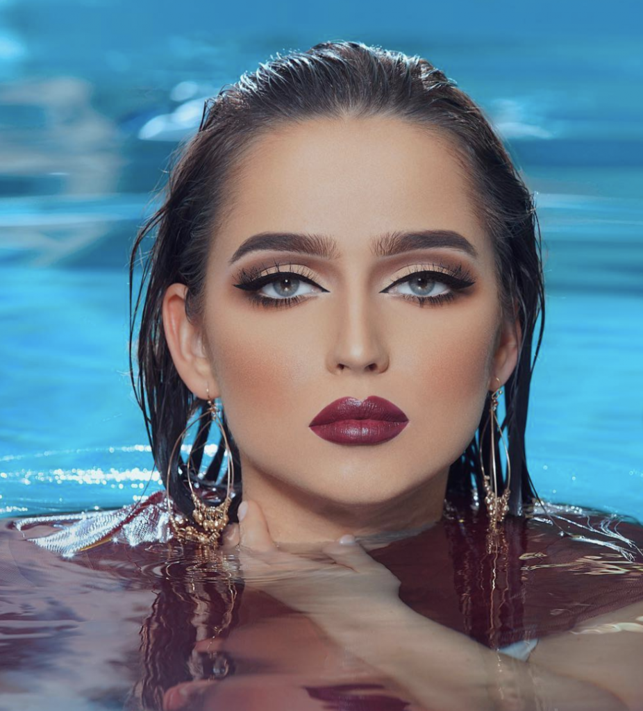 Maquillaje piscina